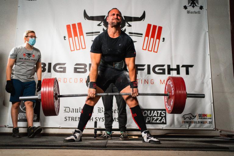 Powerlifter Sascha Calleger knackte die magische Marke von 700kg